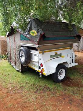 Challenger Bundu Basher Trailer with Echo 4x4 Rooftop TentTent.