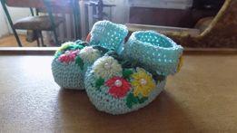 В'язане взуття для немовлят (пінетки), на хрестини