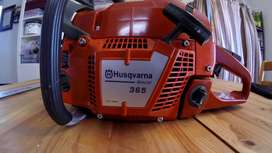 Husqvarna 365 chainsaw - mint / unused condition - half price urgent s