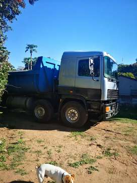 Erf twinsteer tipper truck for sale fully licensed ready for work
