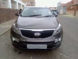 Kia sportage,85000km,engine1.6lt,shape suv,model 2014