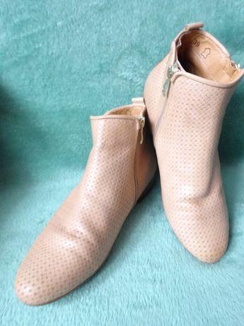Caprice walking on air botki r.39 wkładka 25,3 cm buty obuwie kozaki Poznań - image 3