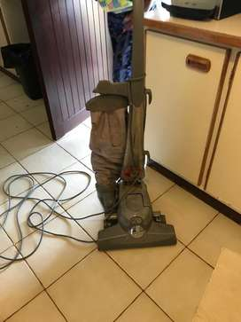 Kerby Carpet cleaner and vacuum