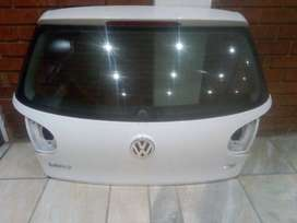 GOLF 5 TAILGATE WITH GLASS FOR SALE