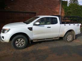 Ford Ranger 3.2 XLS 4x4 Automatic Supercab