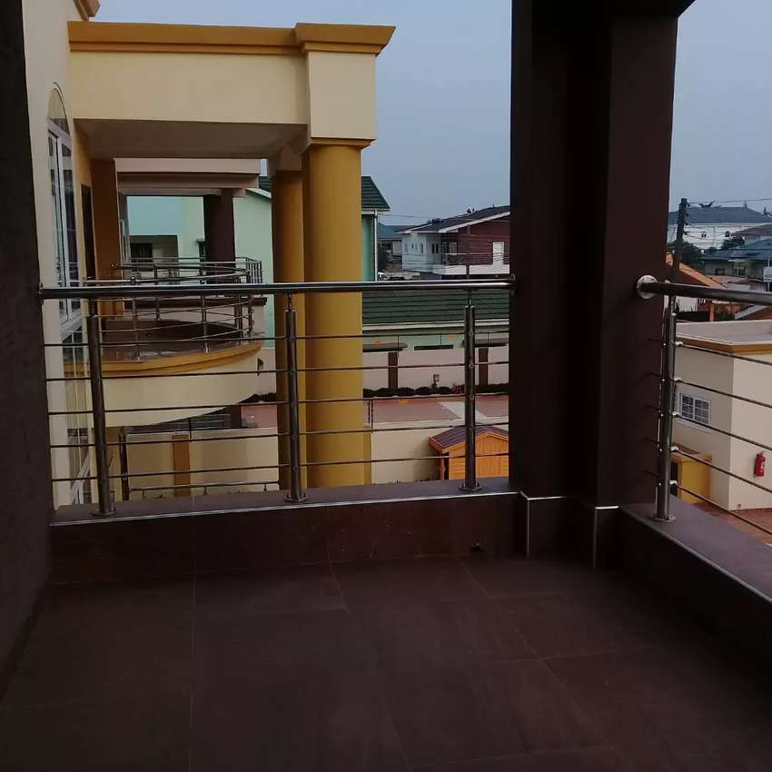4 bedrooms house for sale @eastlegon 0