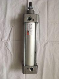 Пневмоцилиндр Camozzi 60M2L063A0160