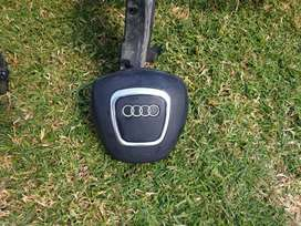 AUDI A3 Stronic TFSI Dashboad and Steering Wheel Airbag.