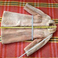 Женская шуба бежевая неполированная цигейка БУ 48 размер Польша