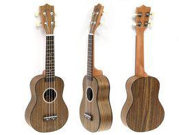 Piękne ukulele sopranowe z drewna orzechowego