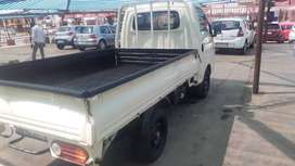 Hyundai H100 Bakkie available in excellent condition.