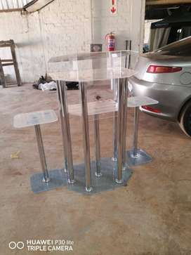 6 Leg Silver Podium with 2 Side Tables