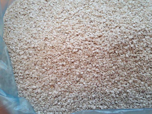 Семена кунжута обезжиренные - клетчатка, шрот, мука, жмых, кунжут
