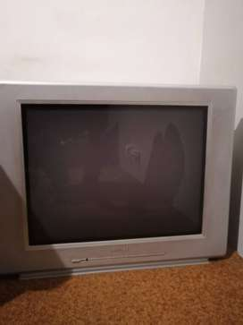 TV. Philips 74 cm Tube Flatscreen TV With Remote R 2200. Uitenhage