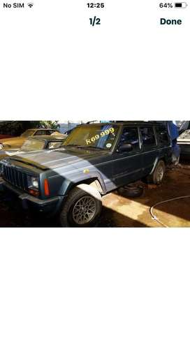 Jeep Country with 3.8l Edelbrock engine