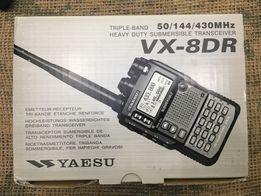 Продам НОВУЮ трехканальную радиостанцию Yaesu vx-8dr.