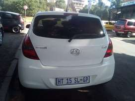 Hyundai i20 2012 at low price