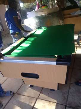 Coin operated Snooker