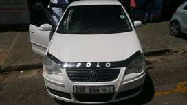 1.6  polo  in good condition