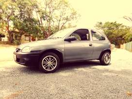 corsa lite   1.4i   2001 model     R 45000 it is neg .. good condition