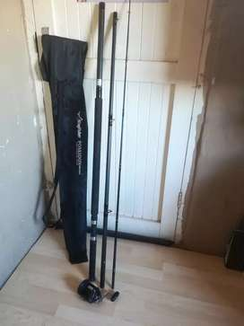Fishing tackle, three piece okuma grafite and diawa sl 250 very good
