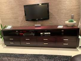 Tv plasma unit in solid timber