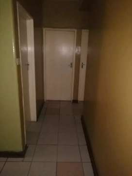 Single person wanted to occupy 1 room in a 3 bedroomed flat