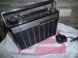 Редкий радиоприемник,VOSHOD 303(экспортный)коллекционное состояние