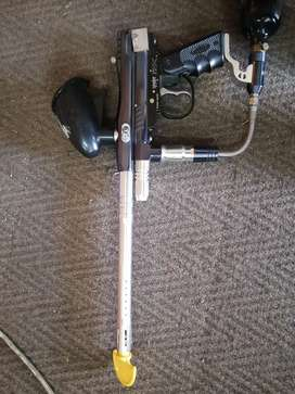 Spyder Paintball Gun