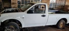 Isuzu bakkies stripping for spares