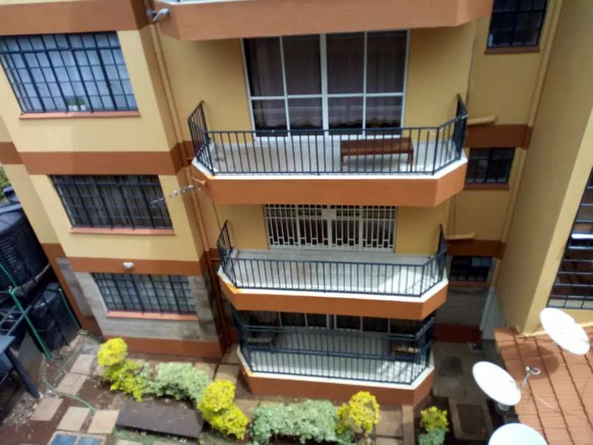 Spacious 3bedroom apartment to let in lavington 0
