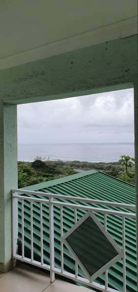 Stunning holiday home in hibberdene south coast