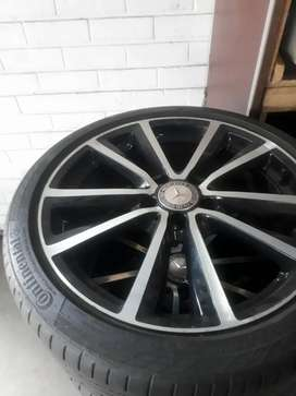 Mercedes Benz rims with continental tires 70% new