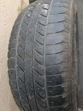 2 bakkie tyres for sale