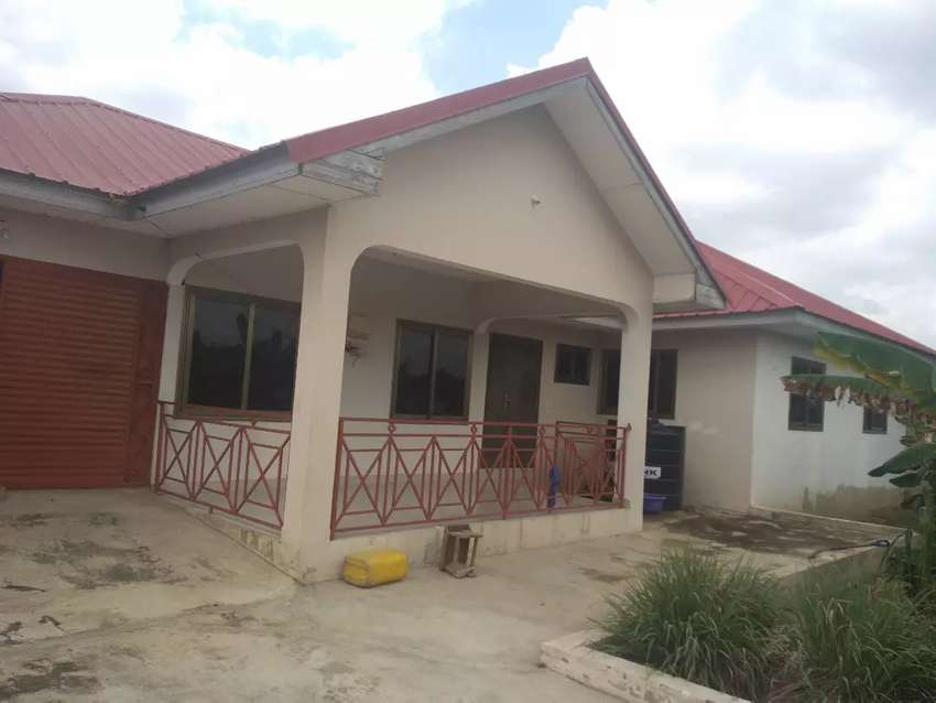 4 bedroom self contains for sale at Asalajar gh 280,000 0