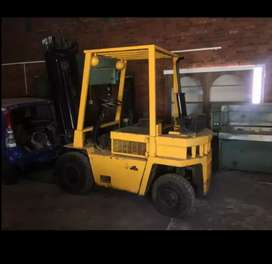 Forklift tyre and repairs