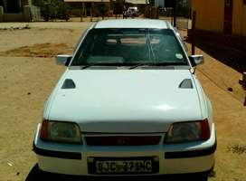 Opel Kadett 16v 1993 in good condition but less repairs on it.