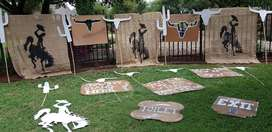DECORATIONS  & PARTY PROPS FOR WESTERN THEME EVENT