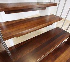 Лестницы и ступени под заказ из массива дерева