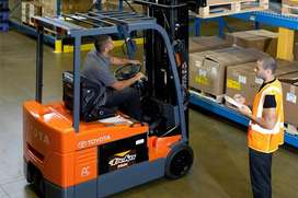 Affordable forklift training course.