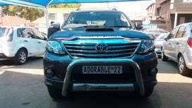 2011 TOYOTA FORTUNER 3.0 MANUAL