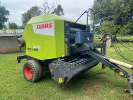 Claas 340 Baler with roto feed