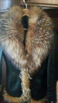 Кожанная куртка с мехом енота