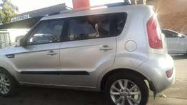 KIA SOUL WITH SERVICE BOOK IN EXCELLENT CONDITION