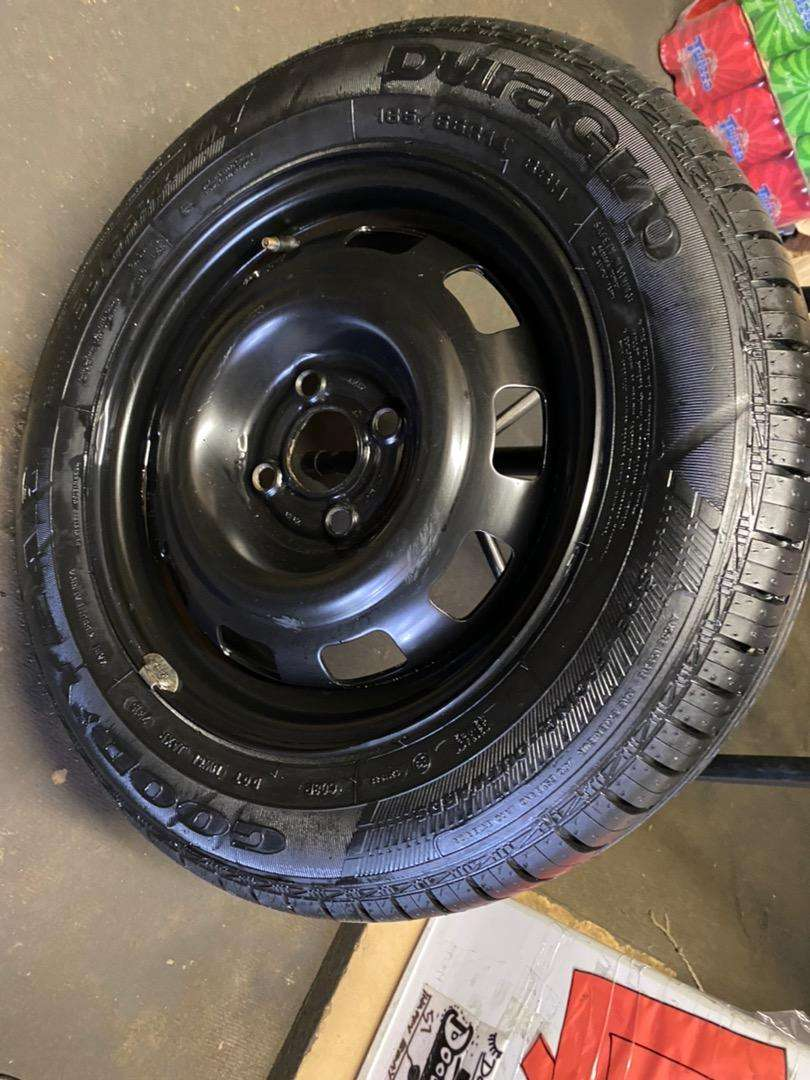 TYRE AND RIM (NEW) FOR SALE - 185/65/14 0
