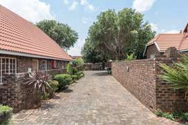 2 Bedroom |1 Bathroom Facebrick LOFT Unit - Florida, Roodepoort