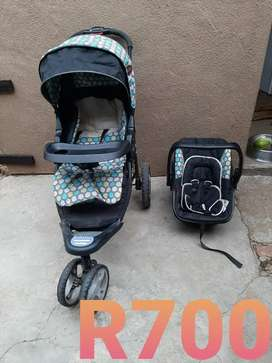 Chelino Stroller and car seat combo