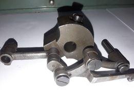 Кривошипно-шатунный механизм. Швейная машинка Тула. Модель 1.