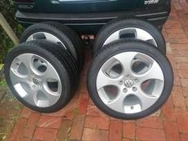 Golf 5 gti 17inch rims with tyres for sales pcd 5/112