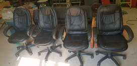 8x Office Chairs